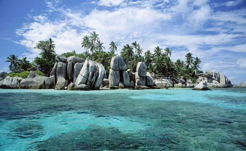 Aldabra Atoll island -...