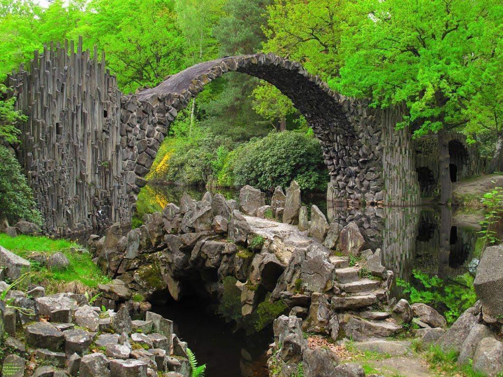 devil's bridge rakotzbrücke
