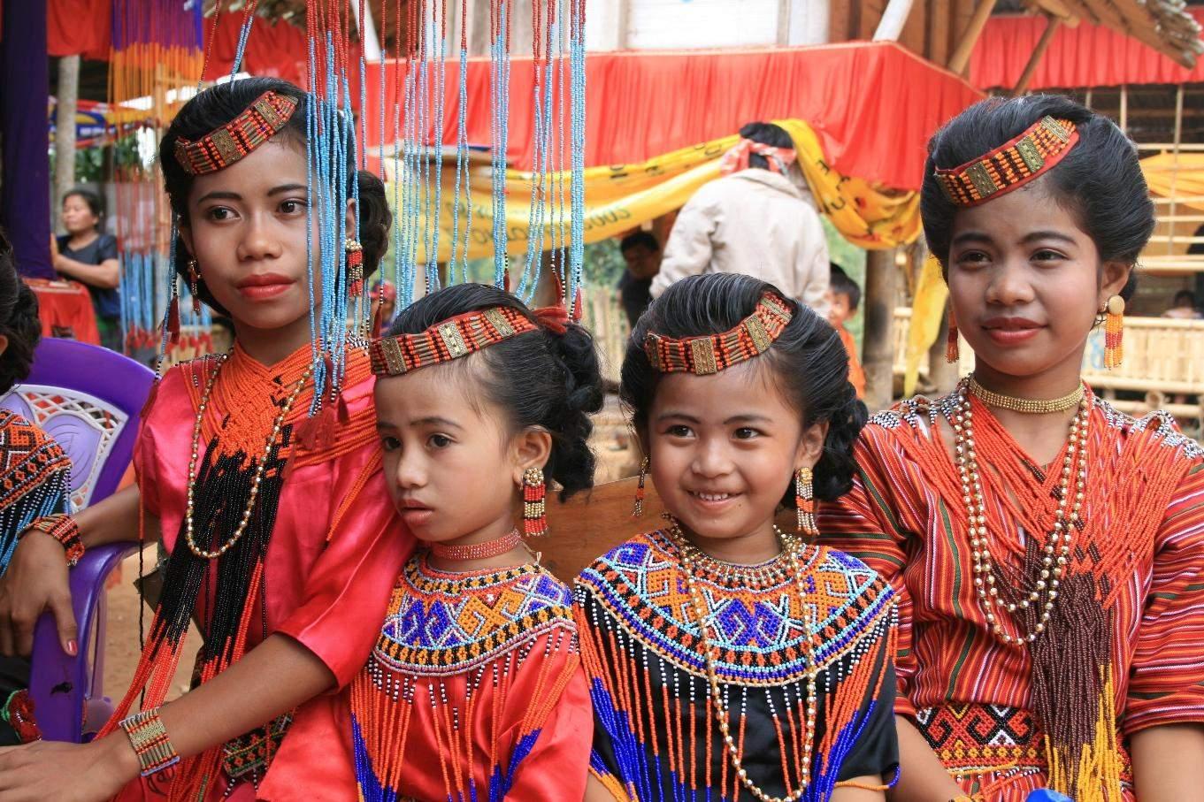 Indonesia Rituals Weddings And Funerals: Rites Of The Dead Of Tana Toraja » Tripfreakz.com